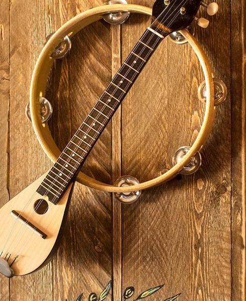 μουσικο μεζεδοπωλειο λουτσα